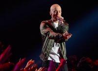"""Eminem, de retour en duo avec Skylar Grey sur """"Kill for You"""""""
