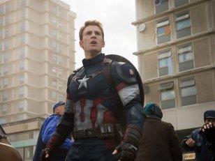Chris Evans restera Captain America tant que Marvel voudra de lui