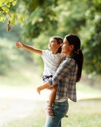 Rentrée : comment accompagner votre enfant dans le choix de sa tenue ?