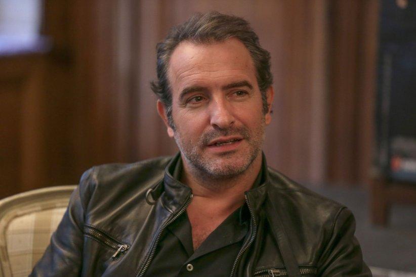 Jean dujardin confie sa joie d 39 tre papa d 39 une petite for Film 2016 jean dujardin