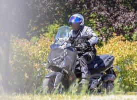 Nouveaux Yamaha X-Max 125, 250 et 400 2017 : les premiers clichés volés
