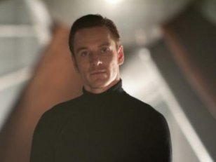 Star Wars 7 : Michael Fassbender, Hugo Weaving et Adam Driver au casting ?