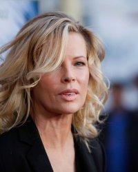 Cinquante nuances plus sombres : Kim Basinger rejoint la suite du film érotique