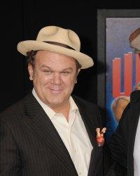 Will Ferrell et John C. Reilly en Holmes et Watson dans une comédie
