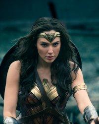 Non, Wonder Woman ne sera pas classé R aux États-Unis
