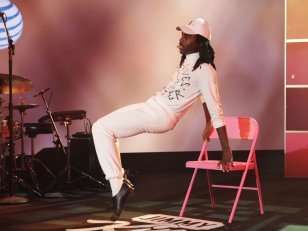 Blood Orange lâche un teaser excitant de son nouvel album