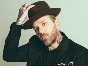 "City and Colour : Dallas Green revient avec ""If I Should Go Before You"""