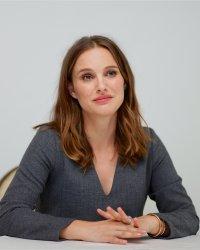 Natalie Portman, enceinte et sublime dans le nouveau clip de James Blake