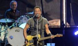 """Bruce Springsteen évoque sa dépression dans l'autobiographie """"Born to Run"""""""