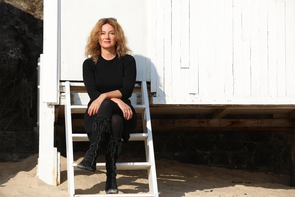 Fabienne Carat annonce son départ de