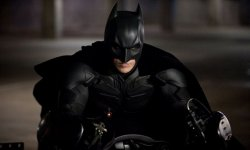 Christian Bale critique son interprétation de Batman