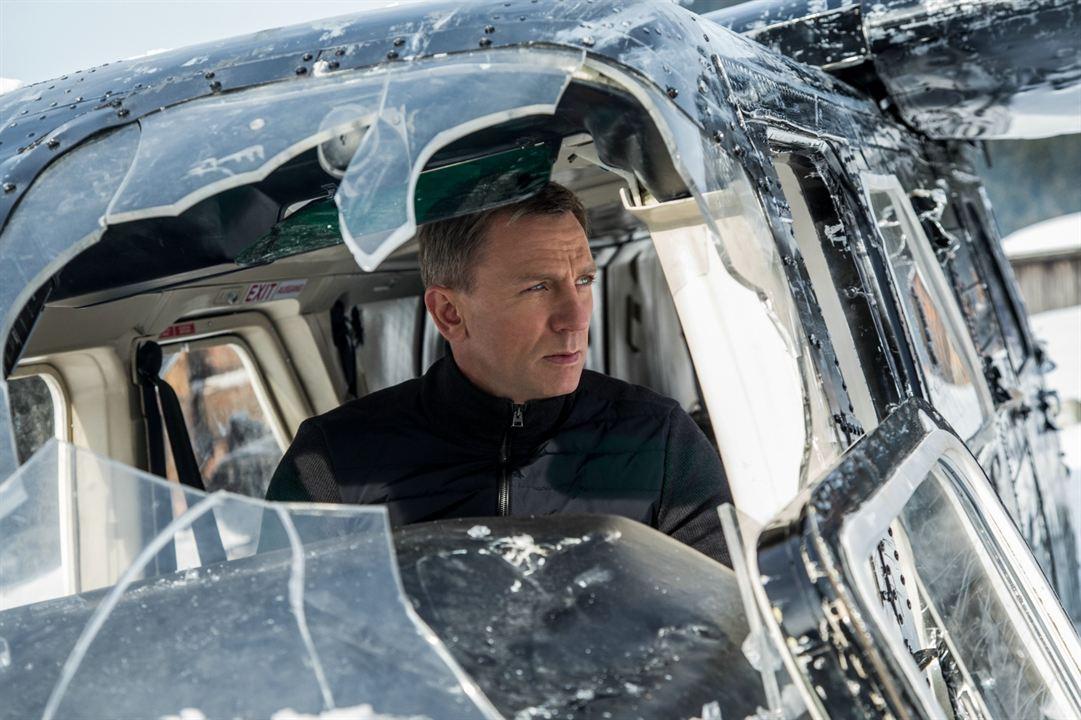 Une femme n'aura jamais le rôle selon la productrice — James Bond