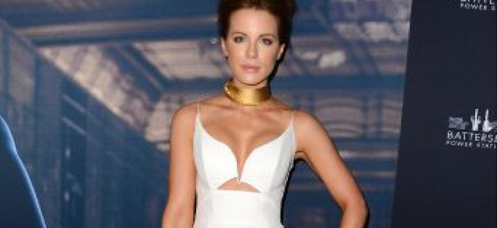 Kate Beckinsale et son look de femme fatale