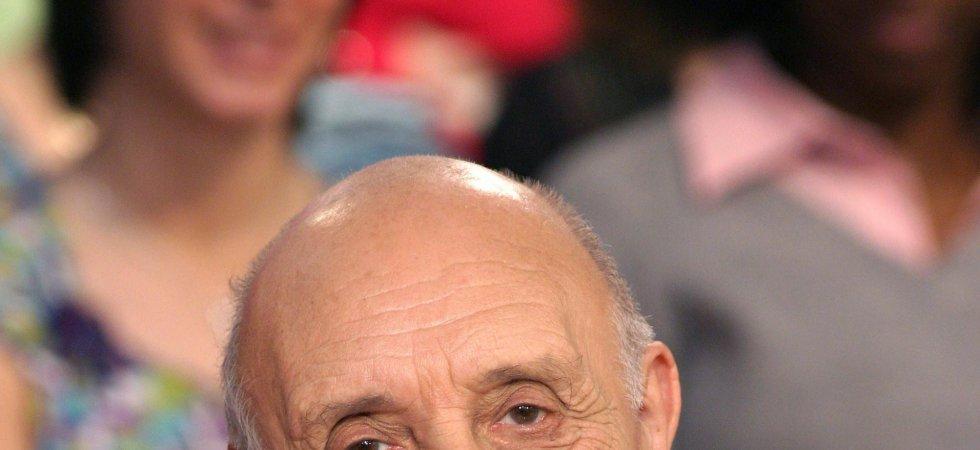 """Yves Calvi donne des nouvelles de Pierre Tchernia : """"Il va bien"""""""