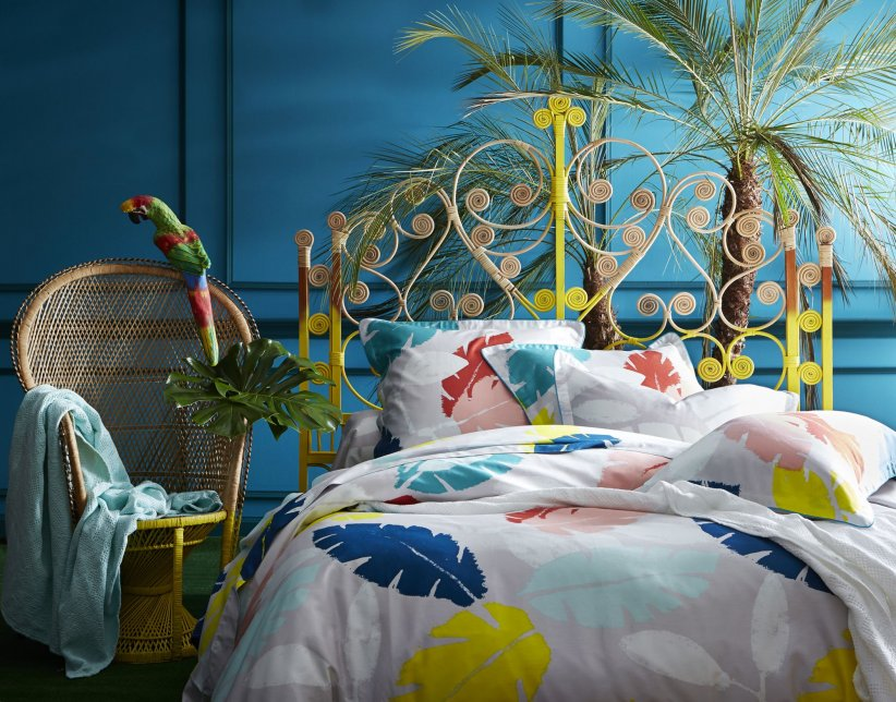 Une chambre colorée et exotique