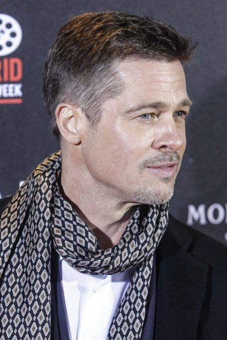 Brad Pitt assiste à l\