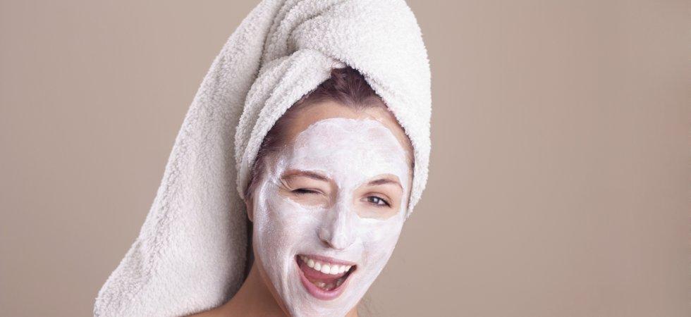 Le masque en stick : la nouvelle révolution beauté ?