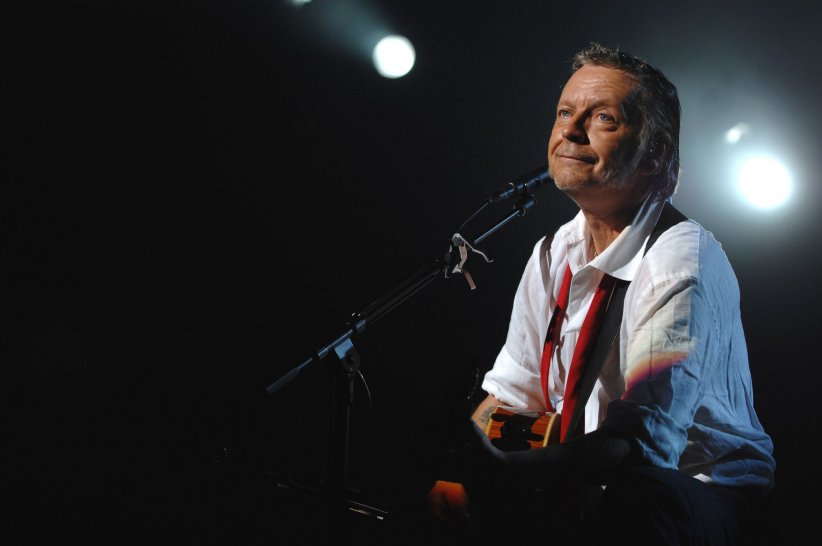 Renaud sur scène en Suisse, en 2007.