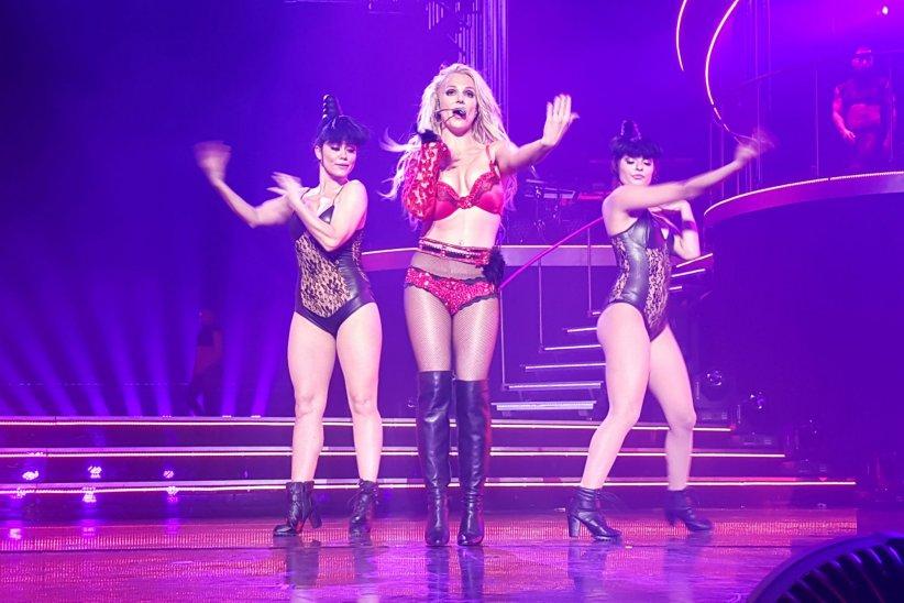 Britney Spears en plein concert au Planet Hollywood de Las Vegas, le 3 janvier 2016.