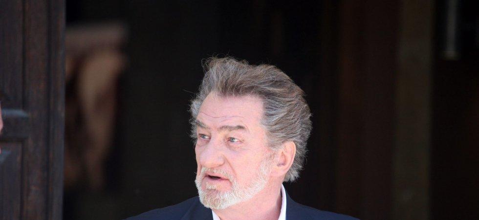 """Eddy Mitchell évoque un """"vieux contentieux"""" avec Gérard Depardieu"""