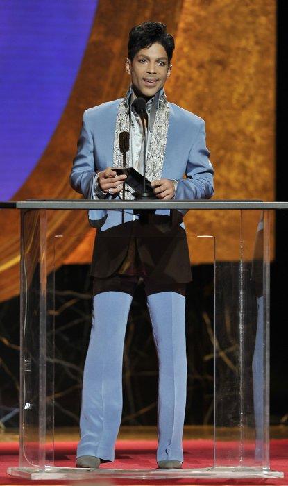 Prince lors des 42e NAACP Image Awards à Los Angeles, en mars 2011.