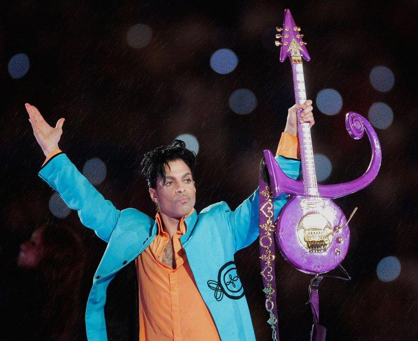 Prince joue à l\