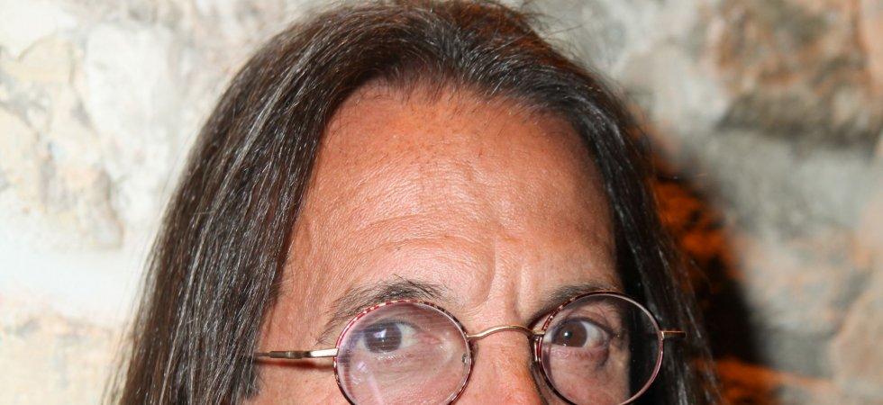 """Francis Lalanne : """"Je ne suis pas SDF, je suis globe-trotter"""""""
