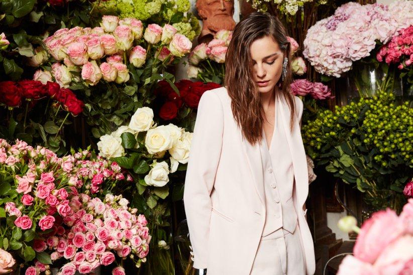 """""""Parfum de fête"""" : la collection capsule cérémonie de Claudie Pierlot est disponible en boutique et sur l\"""