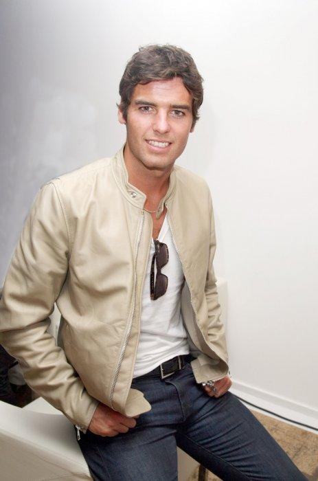 """Yoann Gourcuff lors du lancement de la collection de montres """"Monaco LS"""" à Paris, en 2009."""