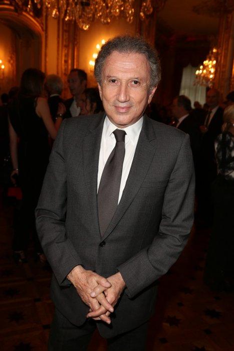 Michel Drucker assiste au gala Autistes sans Frontières à Paris, le 2 juin 2016.