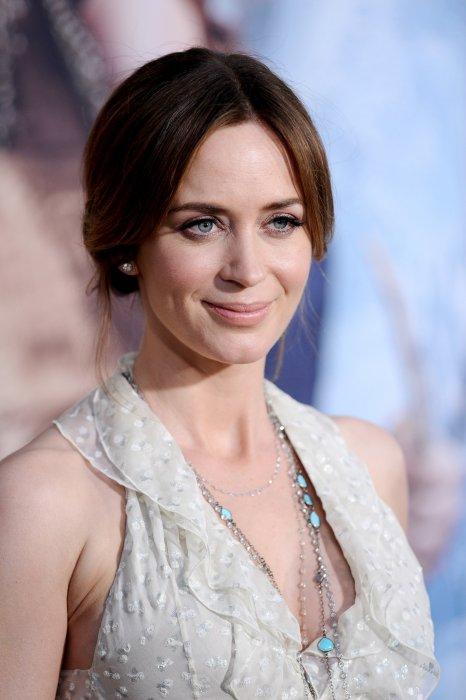Emily Blunt à la première du filme Le Chasseur et la Reine des Glaces, à Los Angeles, le 11 avril 2016.