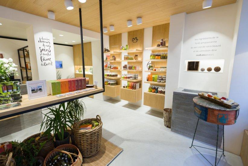 Natura Brasil ouvre une nouvelle boutique en plein coeur du Marais, à Paris.