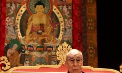 Divorce des Brangelina : le dalaï-lama réagit