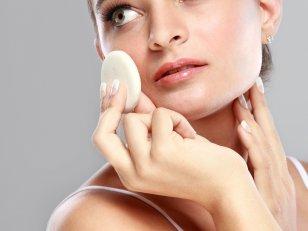 10 accessoires pour un maquillage de pro