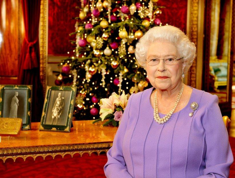 La reine Elisabeth II en marge de l\