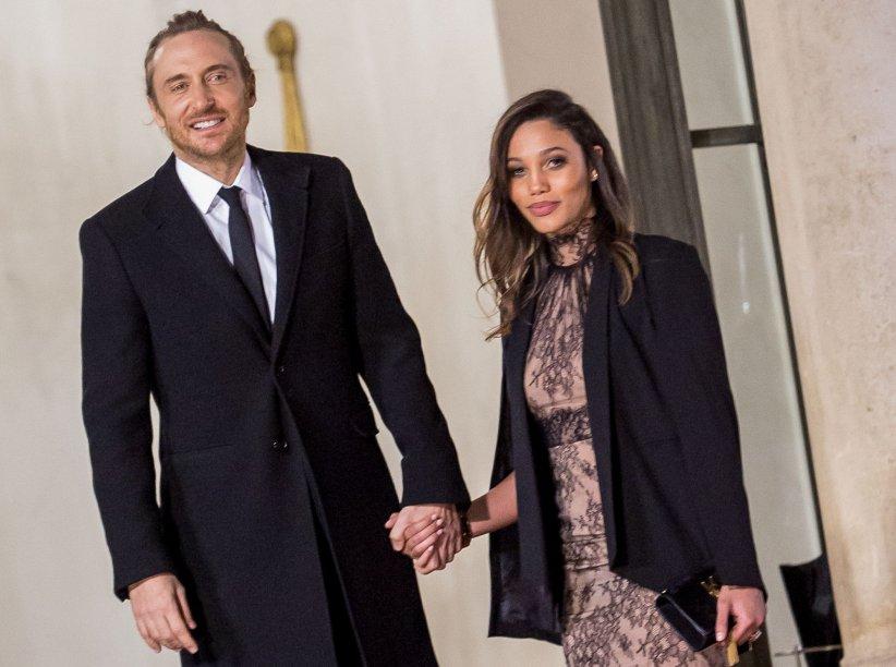 David Guetta et Jessica Ledon officialisent leur relation sur le perron de l\