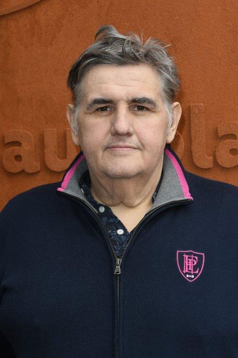 Pierre Ménès à Roland-Garros à Paris, le 25 mai 2016.