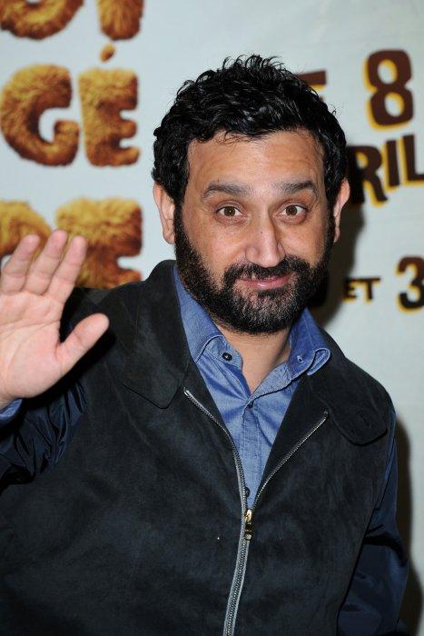 Cyril Hanouna assiste à la première du film Pourquoi J\