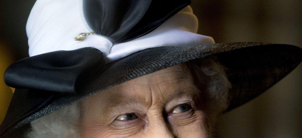 Elizabeth II signe un record, le plus long règne de l'histoire du Royaume-Uni