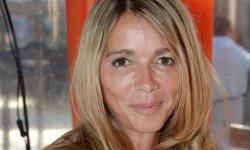 Hélène Rollès en veut à Cyril Hanouna