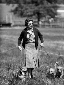 Elizabeth II devrait adopter les chiens de son garde forestier décédé