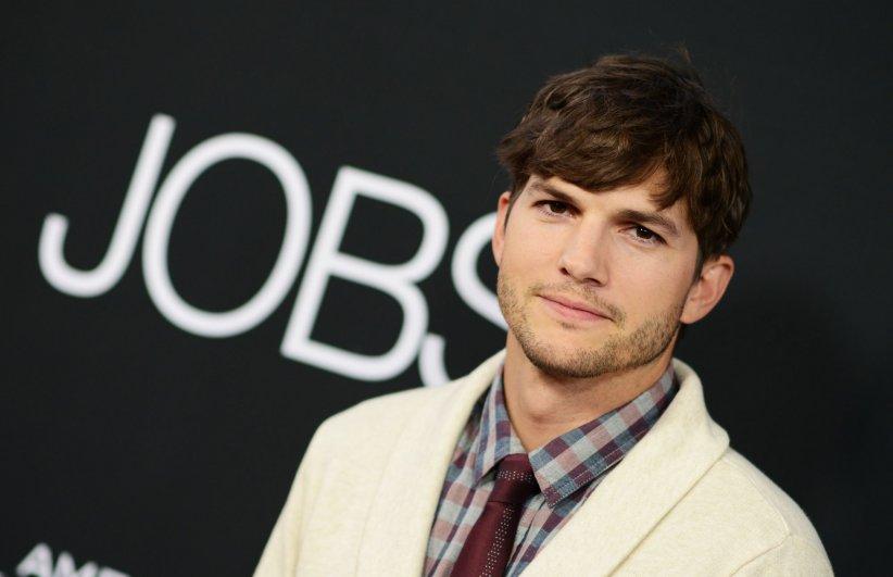 Ashton Kutcher assiste à la première du film Jobs à Los Angeles, en août 2013.