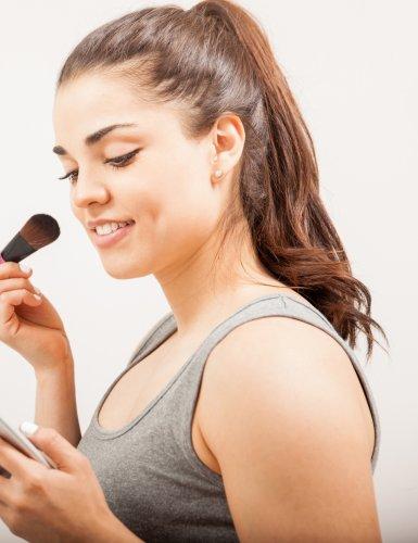 Découvrez ce que vos produits de beauté renferment vraiment grâce à une appli !