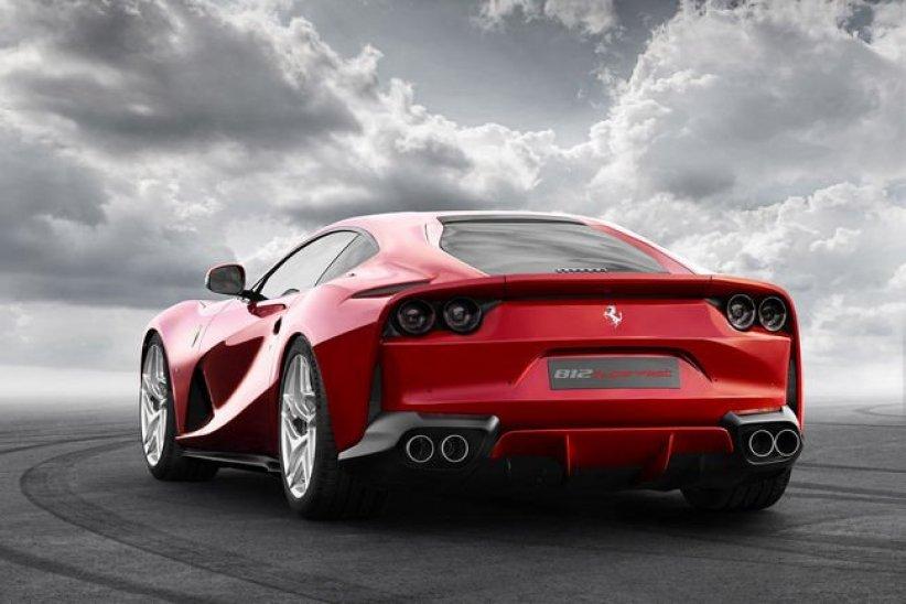 Ferrari 812 Superfast : 800 ch !