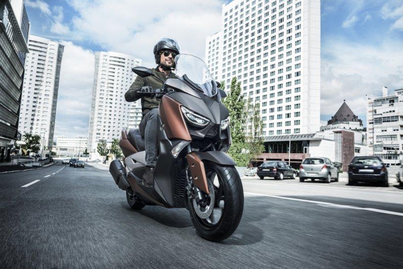 Nouveauté 2017 : Yamaha Xmax 300 - MBK Evolis 300