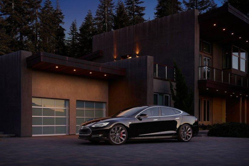 Tesla booste la Model S P100D