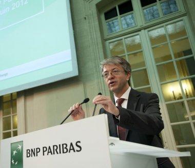 BNP Paribas chute après ses résultats et des objectifs jugés timides