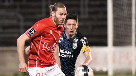 <b>Ligue 1</b> : Nîmes défait Lorient à l&#39;arraché