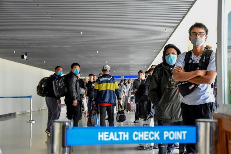Les vols depuis et vers la Chine réduits ou suspendus — Coronavirus
