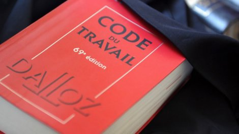 d04229c21b4 Code du travail   la réforme commence dans les pages du Dalloz